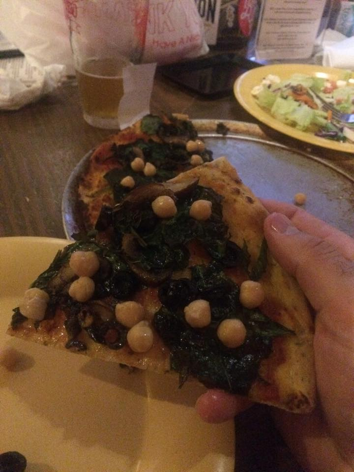 chickpea-pizza